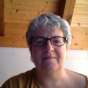 Katharina Leschaud