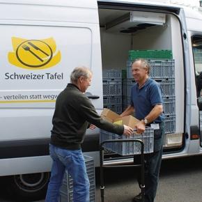 Schweizer Tafel: Essen verteilen - Armut lindern