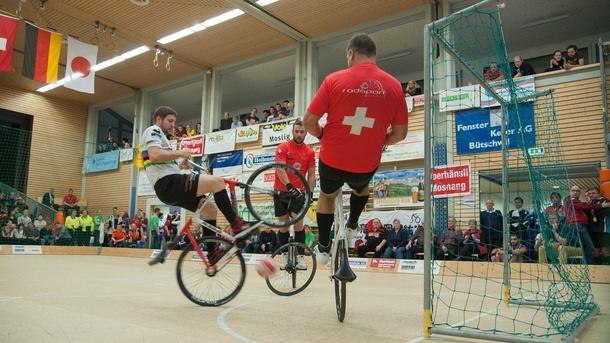 Erweiterung Radballhalle