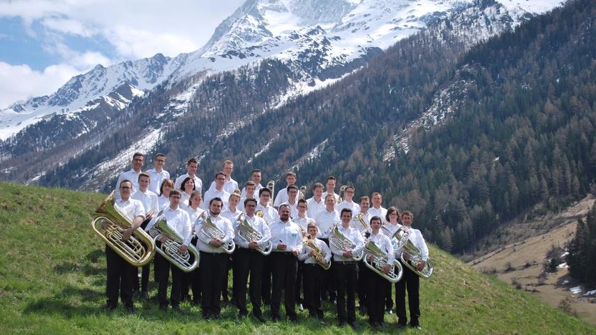 BrassBandLötschental nach Montreux