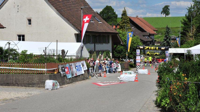 Nationales Seifenkistenrennen Freienwil 2018