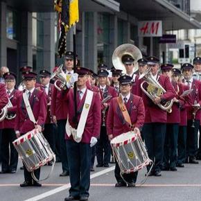 Inauguration des nouveaux uniformes et du drapeau