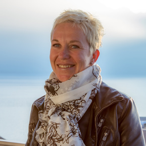 Julie Caron