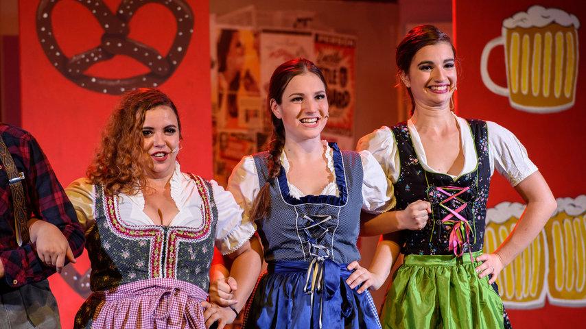 Musical Fever präsentiert Bon Voyage! - Mit einer Mordsverspätung